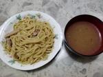 お母さん食堂 炙り焼き豚の極太つけ麺.jpg