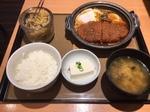 やよい軒味噌かつ煮定食.JPG