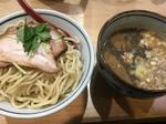 月と鼈煮干しつけ麺 (2).JPG