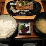 響牛ヒレ定食.JPG